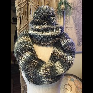 American🦅Outfitters Chunky knit beanie&scarf Set